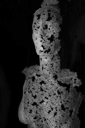 Marianne de face